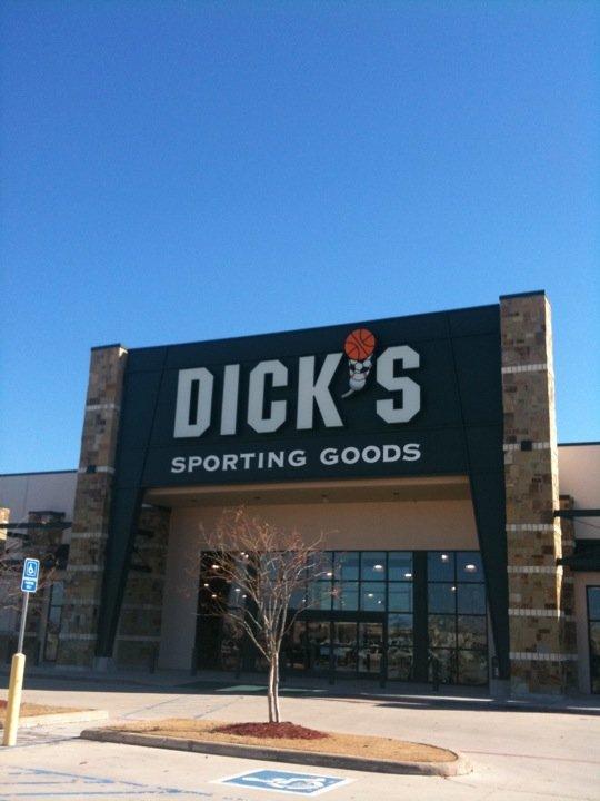 DICK'S Sporting Goods 7543 Youree Dr, Shreveport