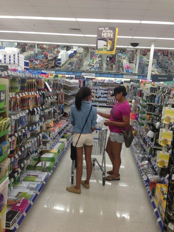Walgreens Pharmacy 3100 N Market St, Shreveport