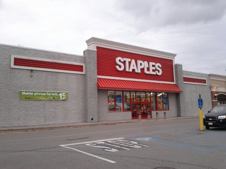 Staples 541B Lincoln St, Worcester
