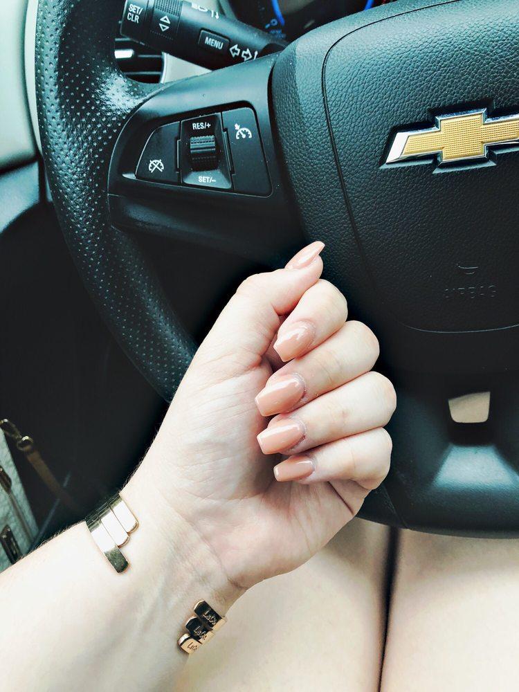 Kelly Nails