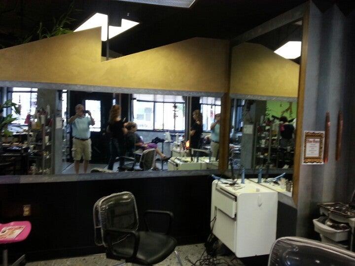 Perruche Salon 136 Broadway St, Marine City