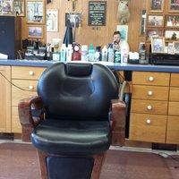 Craig's Como Barber Shop