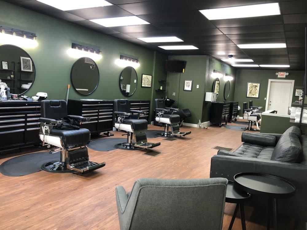 Southside Barber Lounge on Chicago