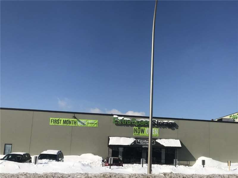 Extra Space Storage 289 W Lafayette Frontage Rd, St Paul