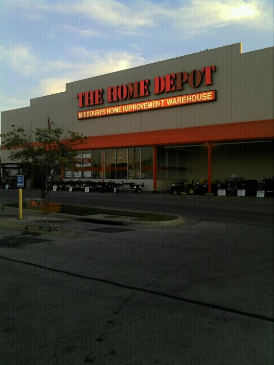 Home Depot 2104 E Independence St, Springfield