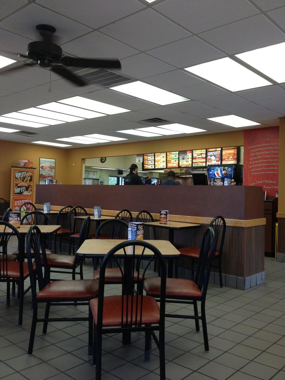 Popeyes Louisiana Kitchen Jackson