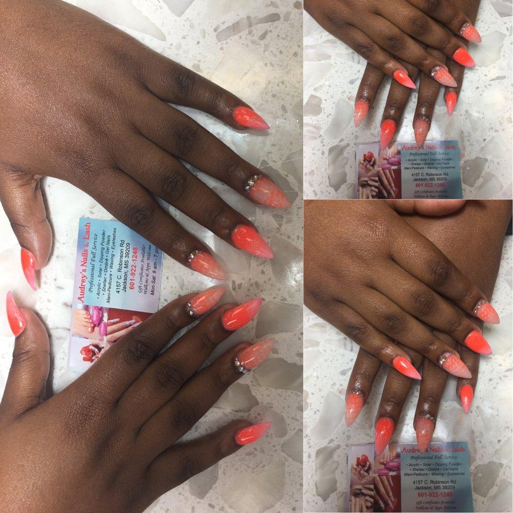 Audrey's Nails and Lash