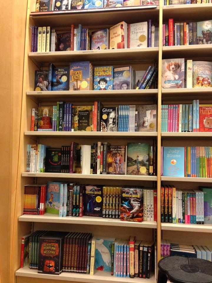 Barnes & Noble 530 S 24th St W, Billings