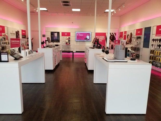 T-Mobile 315 Main St #100, Billings