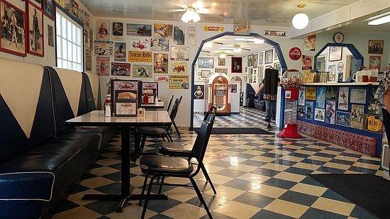 Jukebox Junction Restaurant & Soda Shoppe
