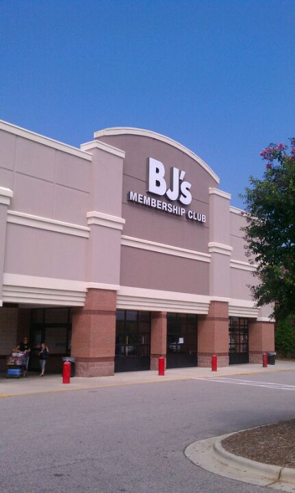 BJ's Wholesale Club 2370 Walnut St, Cary