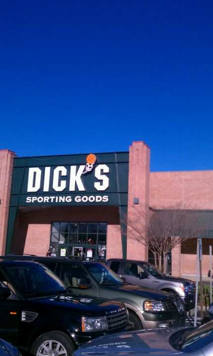 DICK'S Sporting Goods 401 Crossroads Blvd, Cary