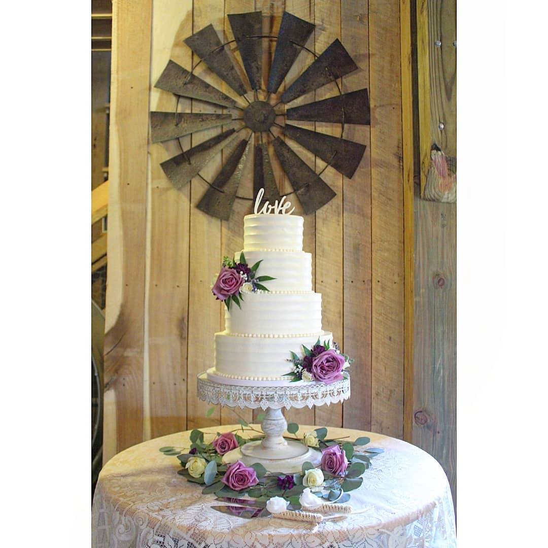 Capital Cakes BY APPOINTMENT ONLY, 3108 Cardinal Lake Dr, Durham