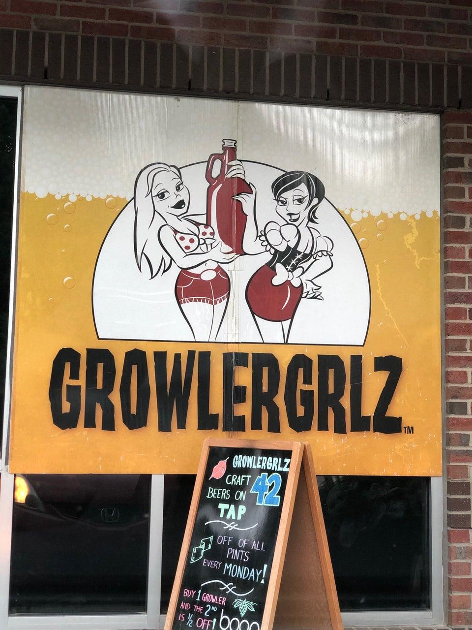 Growler Grlz 4810 Hope Valley Rd STE 110, Durham