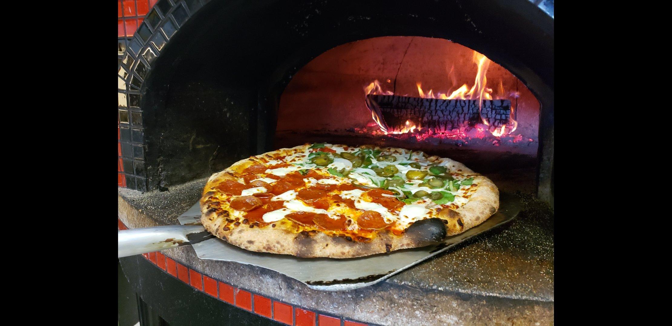 Oak City Pizza 206 Forest Hills Dr, Garner