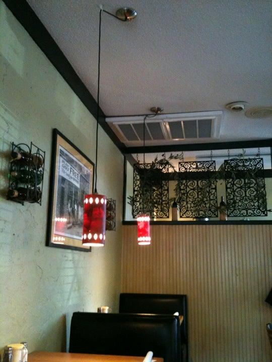 Ragazzi's Italian Restaurant 1514 US-70, Garner