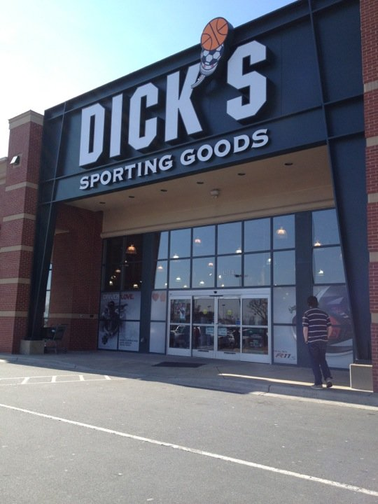 DICK'S Sporting Goods 1208-A Bridford Pkwy, Greensboro