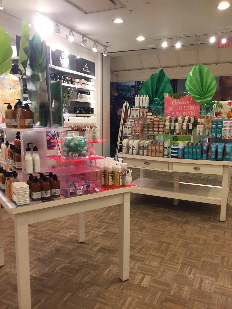 Bath & Body Works 320 Jacksonville Mall, Jacksonville