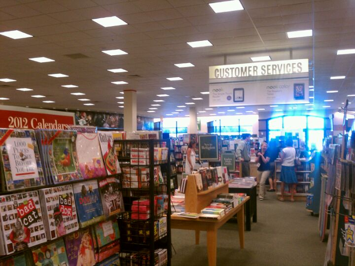 Barnes & Noble 850 Inspiration Dr, Wilmington