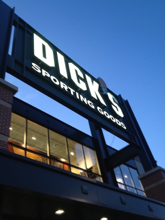 DICK'S Sporting Goods 164 Hanes Mall Cir, Winston-Salem