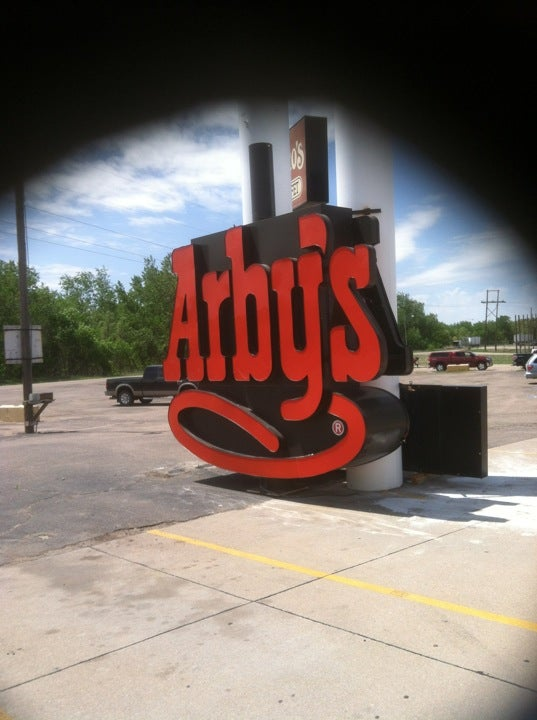 Arby's 65 River Rd, Ogallala