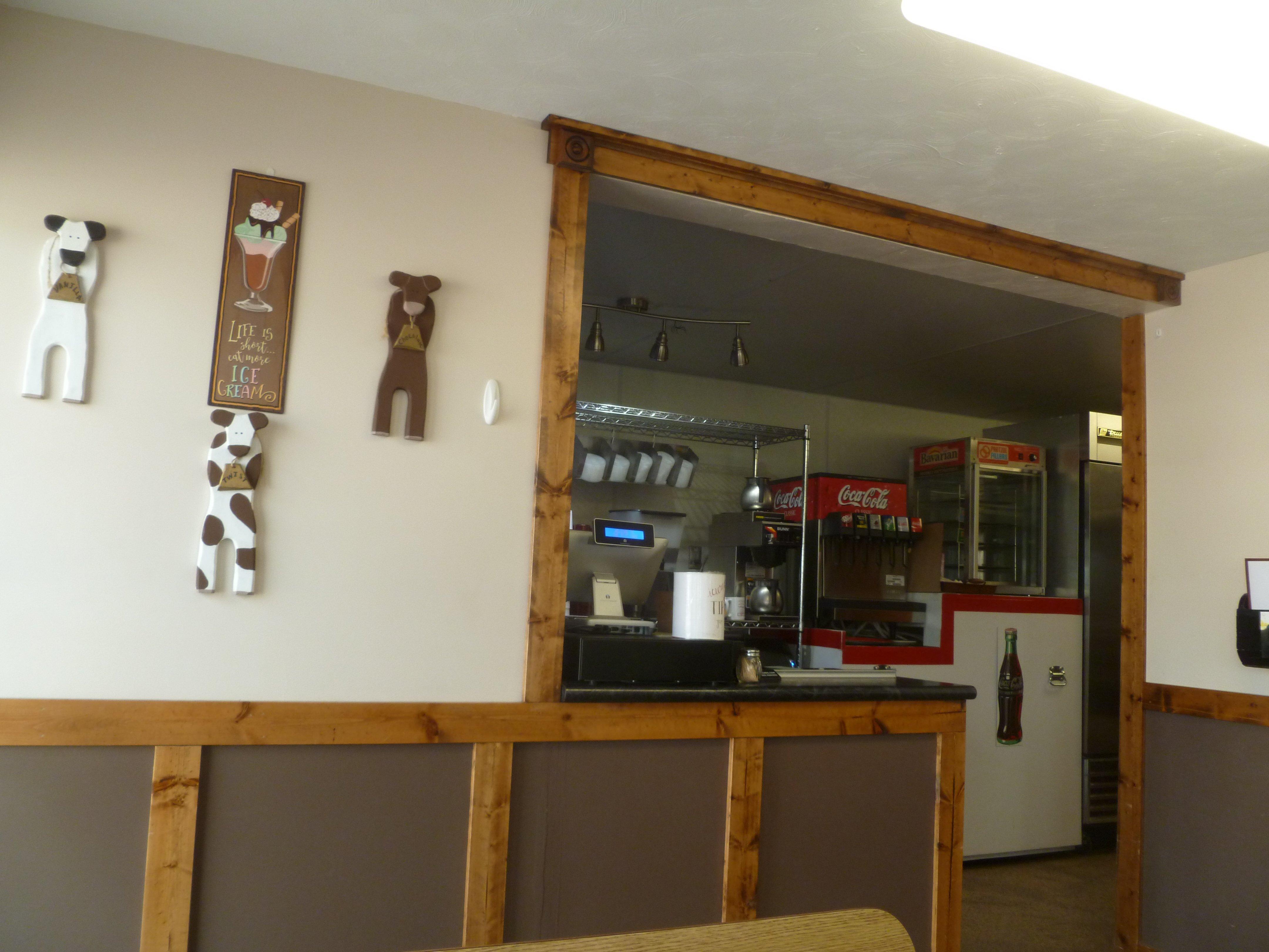 Ritz Café 102 W Main St, Sargent