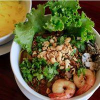 Crawfish & Phở