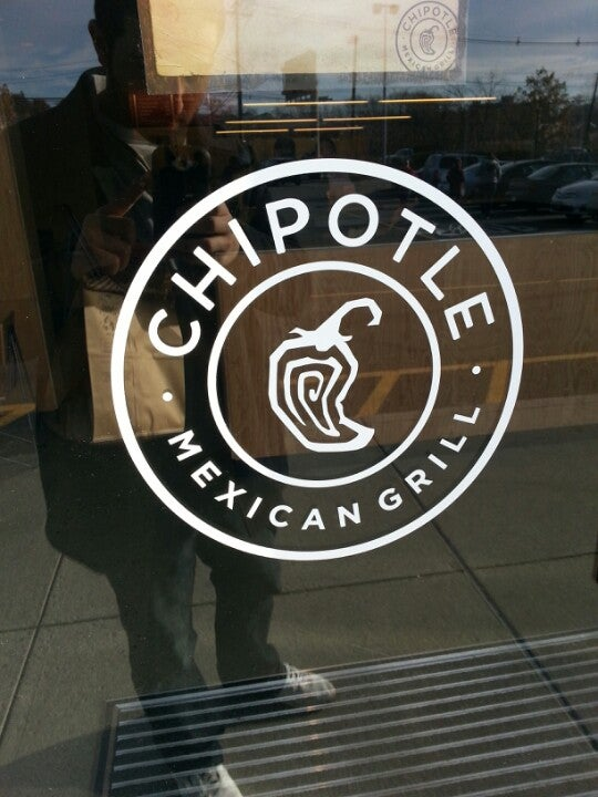 Chipotle Mexican Grill 40 NJ-17, East Rutherford