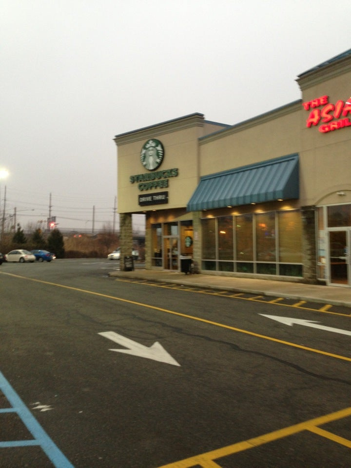 Starbucks 10 NJ-17, East Rutherford