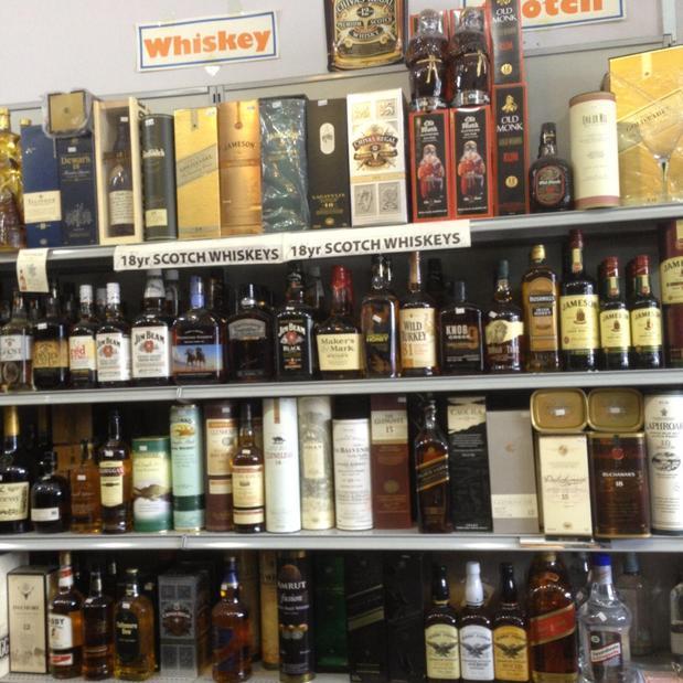 J & J Fine Wine & Liquor 39 Ridge Rd, Lyndhurst