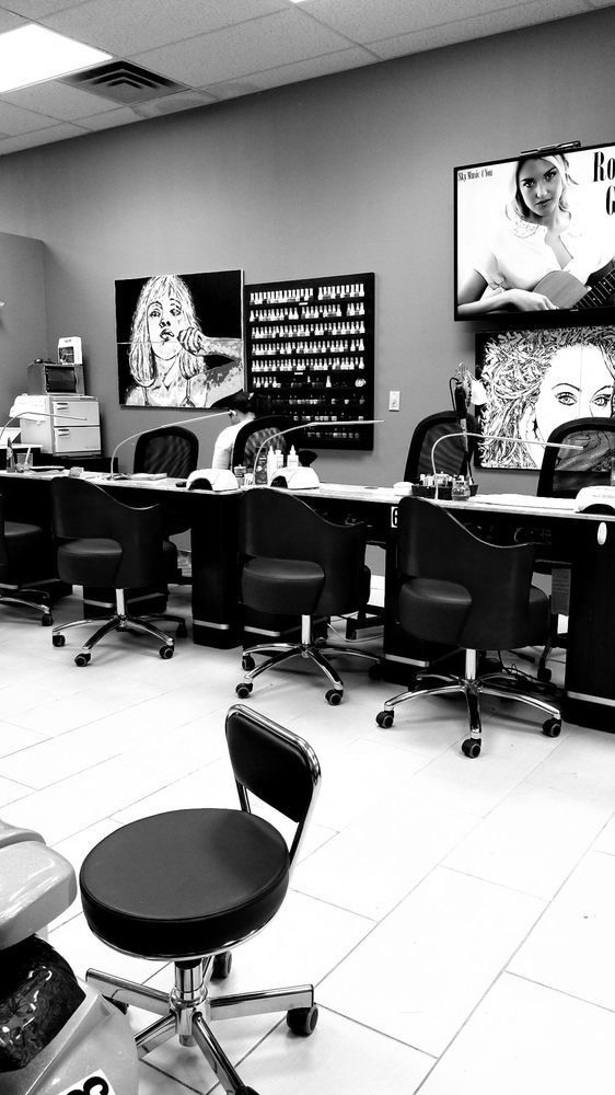 Luxe Nails & Spa 434 B US-46, South Hackensack