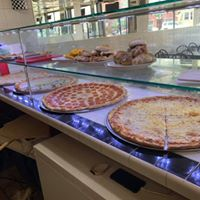 Amore Pizzeria & Restaurant