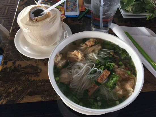 Phở Linh Vietnamese Grill
