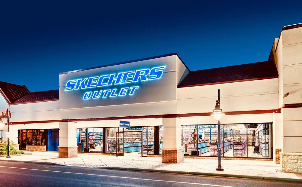 Skechers 4250 Cerrillos Rd, Santa Fe