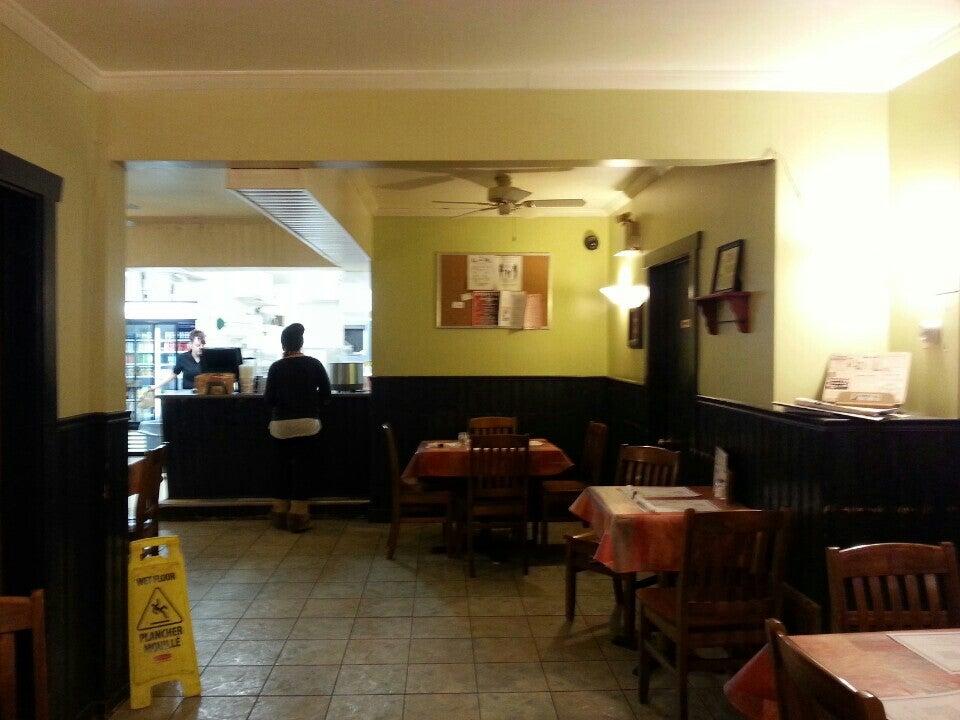 Bambino's Pizzeria & Fine Food 12 Prince Arthur St, Amherst