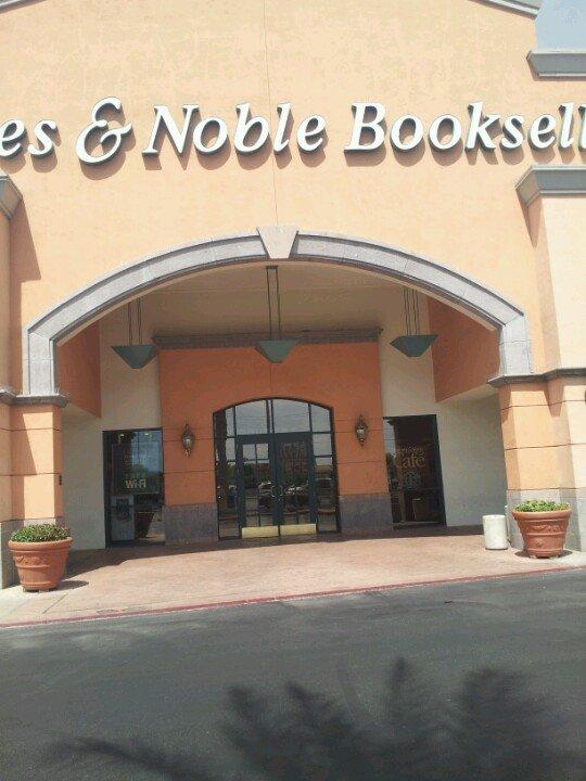 Barnes & Noble 567 N Stephanie St, Henderson