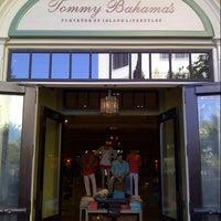 Tommy Bahama Restaurant, Bar & Store