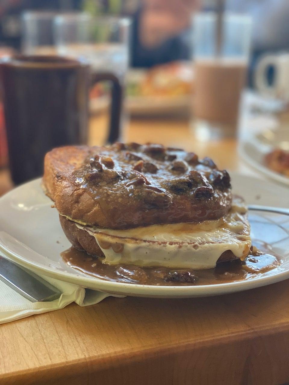 Cafe Madison 359 Northern Blvd, Albany