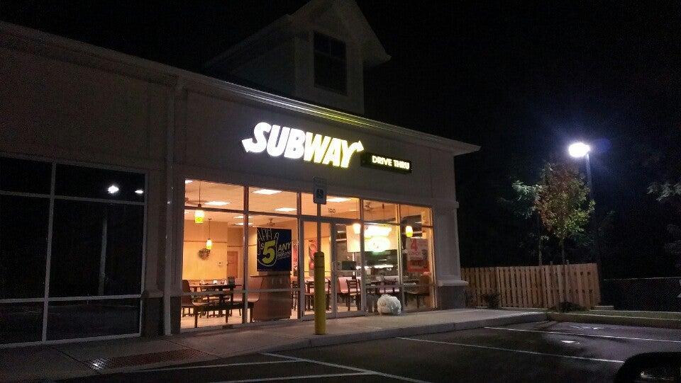 Subway 3615 Walden Ave Suite 100, Lancaster