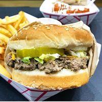 Marty's V Burger