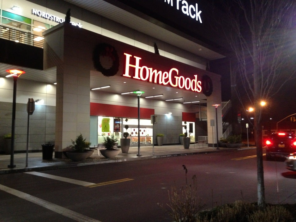 HomeGoods 1030 Old Country Rd, Westbury