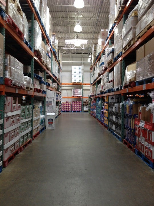 Costco 1250 Old Country Rd, Westbury