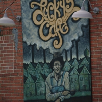 Lucky's Café