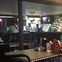Johnnie's Tavern
