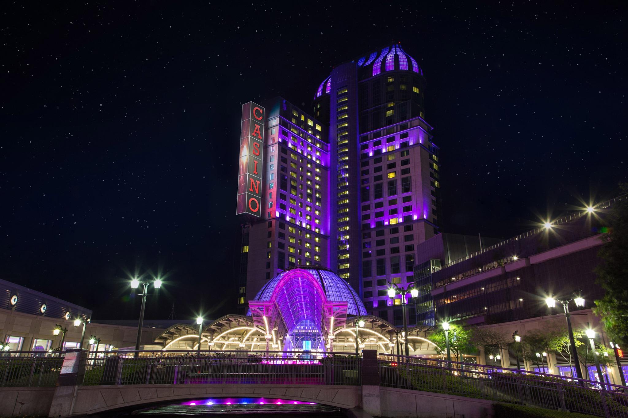 Marriott Niagara Falls Hotel Fallsview & Spa