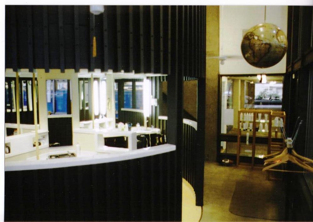 Man's World Barber Shop