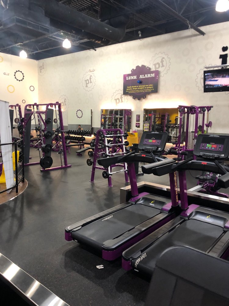 Planet Fitness 2787 Lancaster Dr NE, Salem