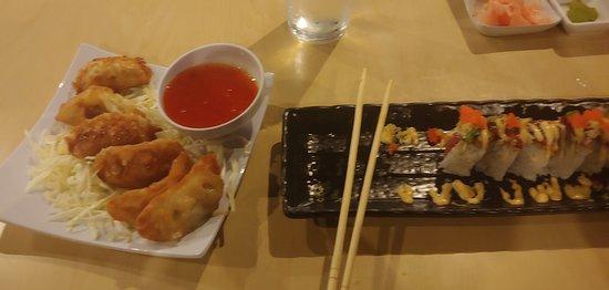Tiga Sushi Bar & Asian Bistro