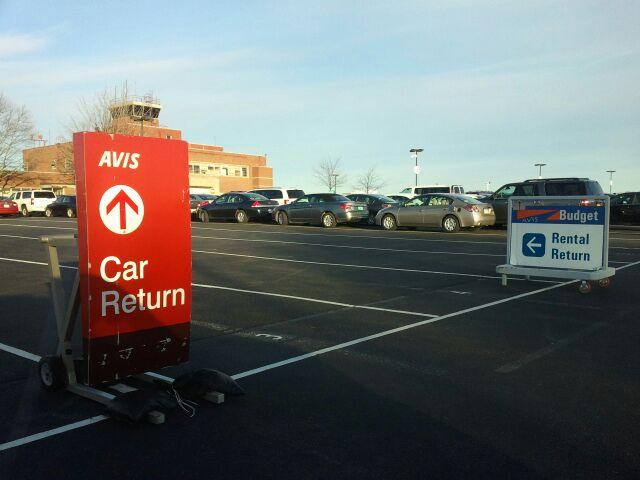 Avis Rent A Car Lehigh Valley International Airport, 3311 Airport Rd, Allentown