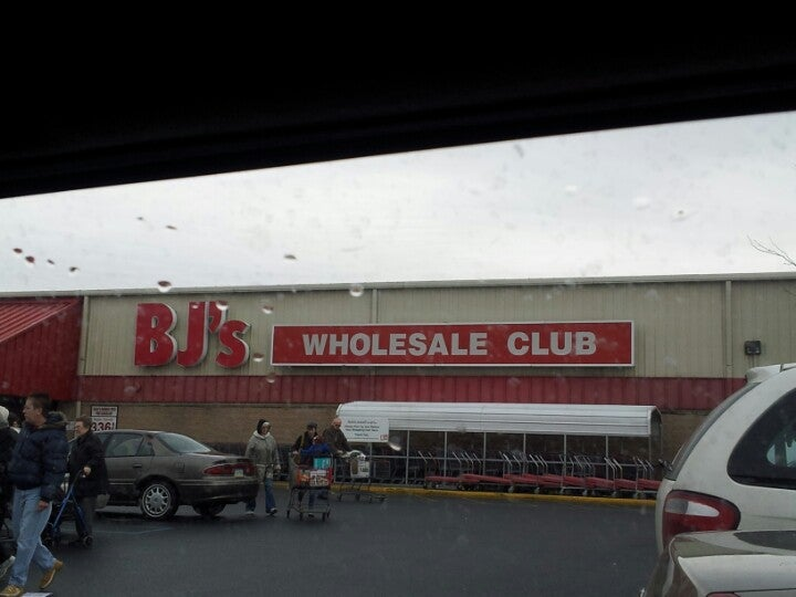 BJ's Gas 1785 Airport Rd, Allentown